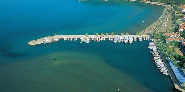 Akyaka Gezilecek Yerler – Plajı – Azmak Nehri – Nail Çakırhan Evi / Muğla